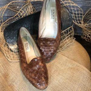 Enzo Angiolini Woven Brown Leather Flats. Size 8 M